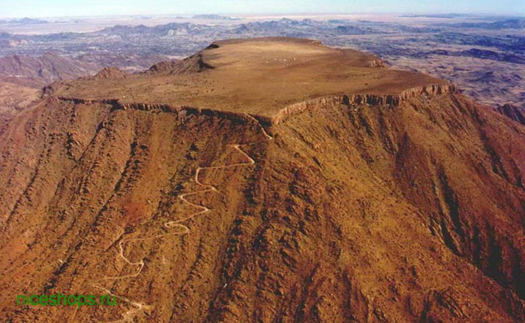 stol-gora-Namibia-Gamsrberg