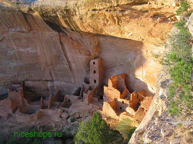 stolovaya-gora-Tower-House-Mesa-Verde