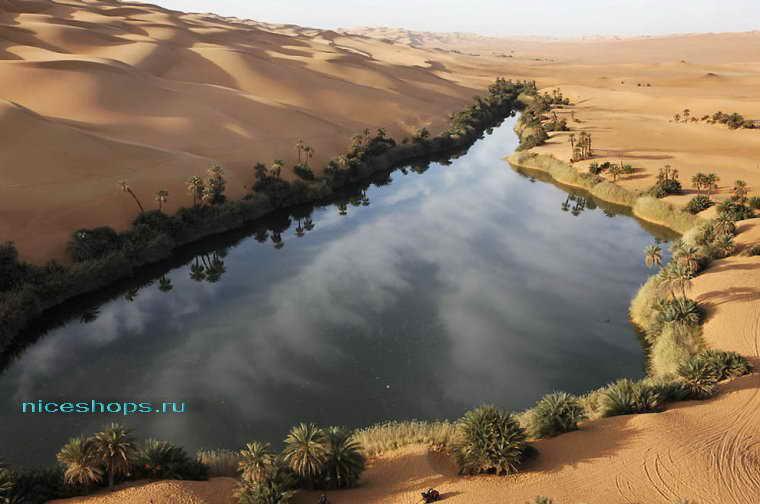 Озеро Убари в пустыне Сахара
