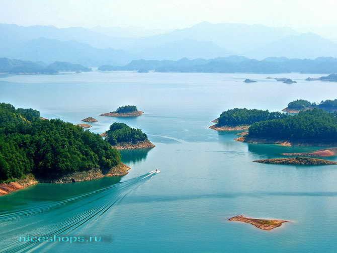 Подводный город Шичен в Китае