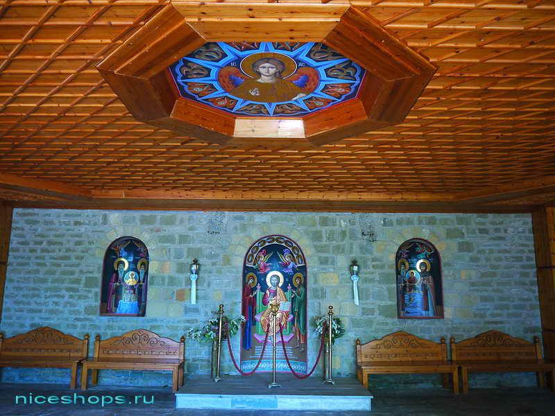 Убранство церкви метеора св. Варлаама