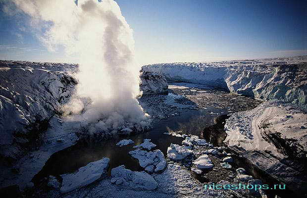 Долины гейзеров во льдах Исландии