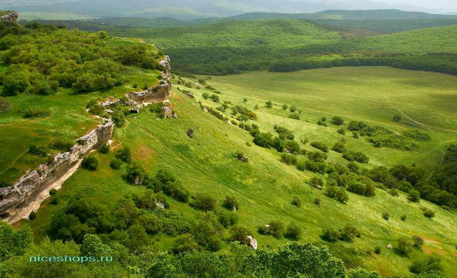Скальный город Бакла в Крыму