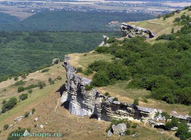 Бакла - пещерный город Крыма