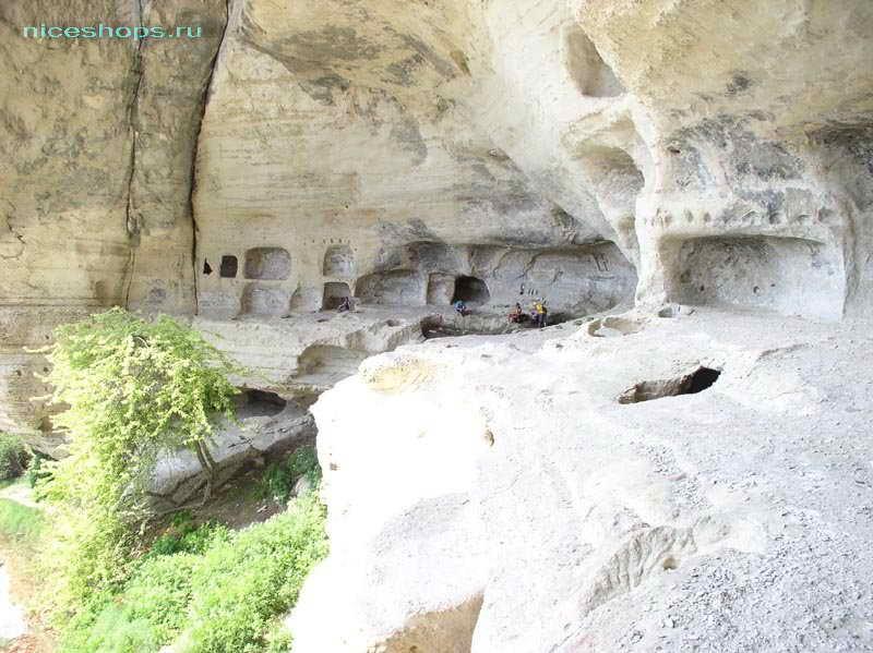 Крымский пещерный город Кыз-Кермен