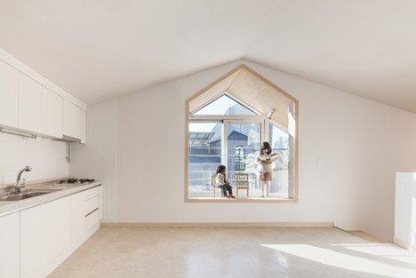 Дом с панорамными окнами - фото изнутри