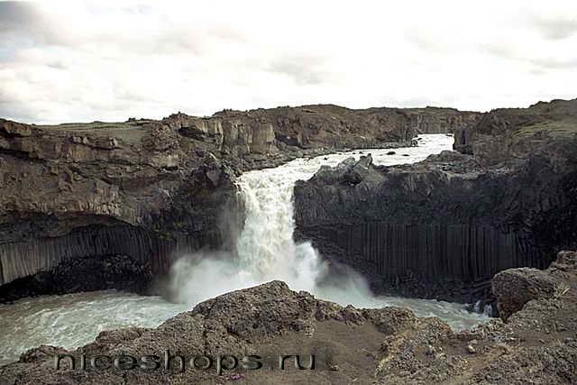 Aldeyjarfoss-Iceland