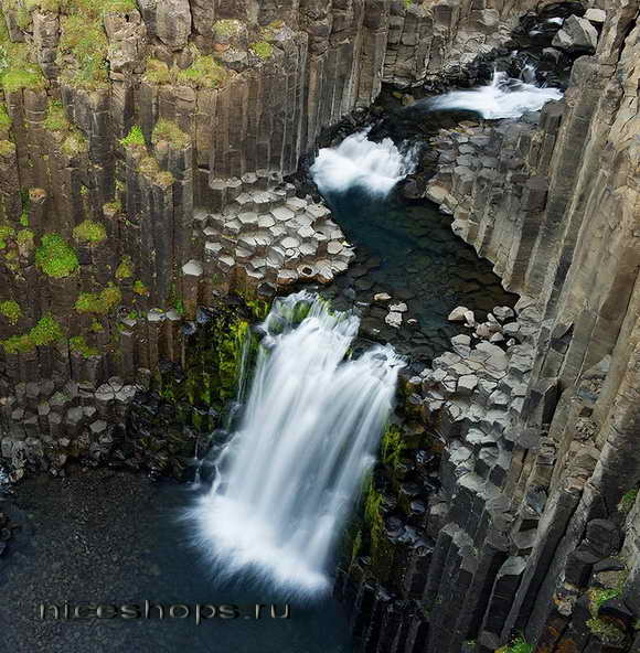 Litlanesfoss-Iceland