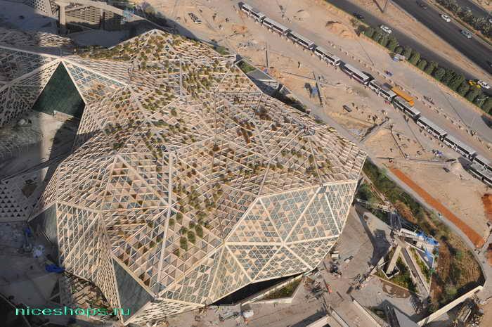 vertikalnye-sady-Patrick-Blanc-Riyadh-OAE