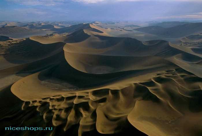 Пустыня Сахара на закате - барханы и дюны