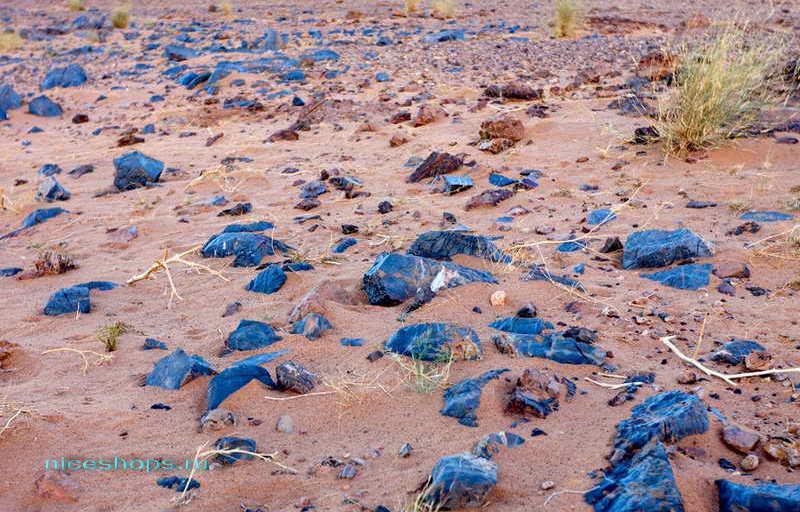 Глаз Ришат пустыни Сахары - голубые камни