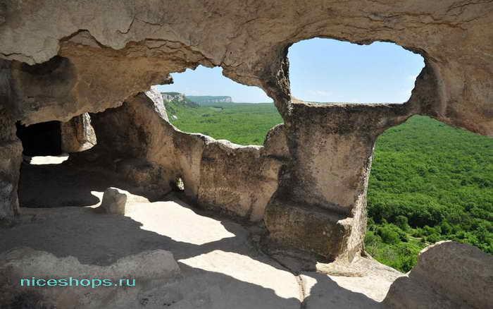 Пещеры в городе Эски-Кермен