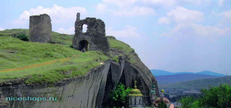 Пещерный город Инкерман около Севастополя