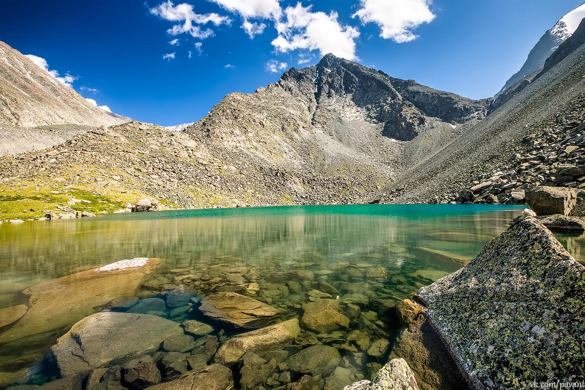 Озера в горах Алтая