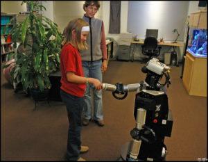 Japonskij-robot-pojdet-v-shkolu