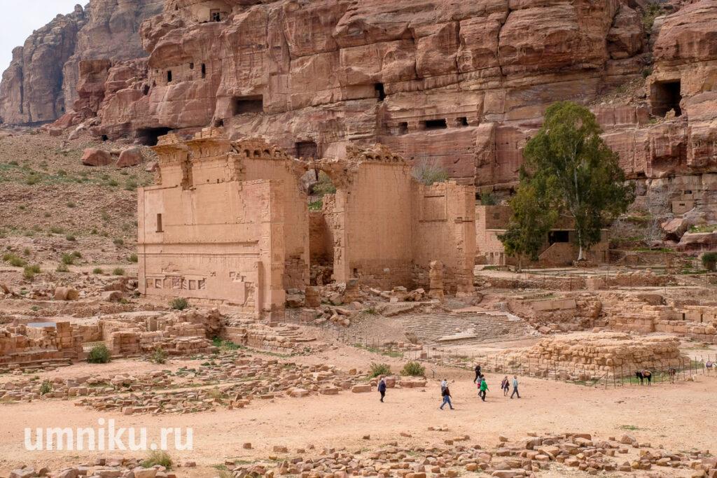 Каср Аль-Бинт, Петра, Иордания