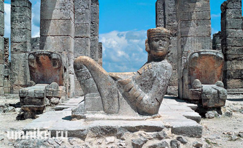 Чак-Мооль: скульптура, Чичен-Ица