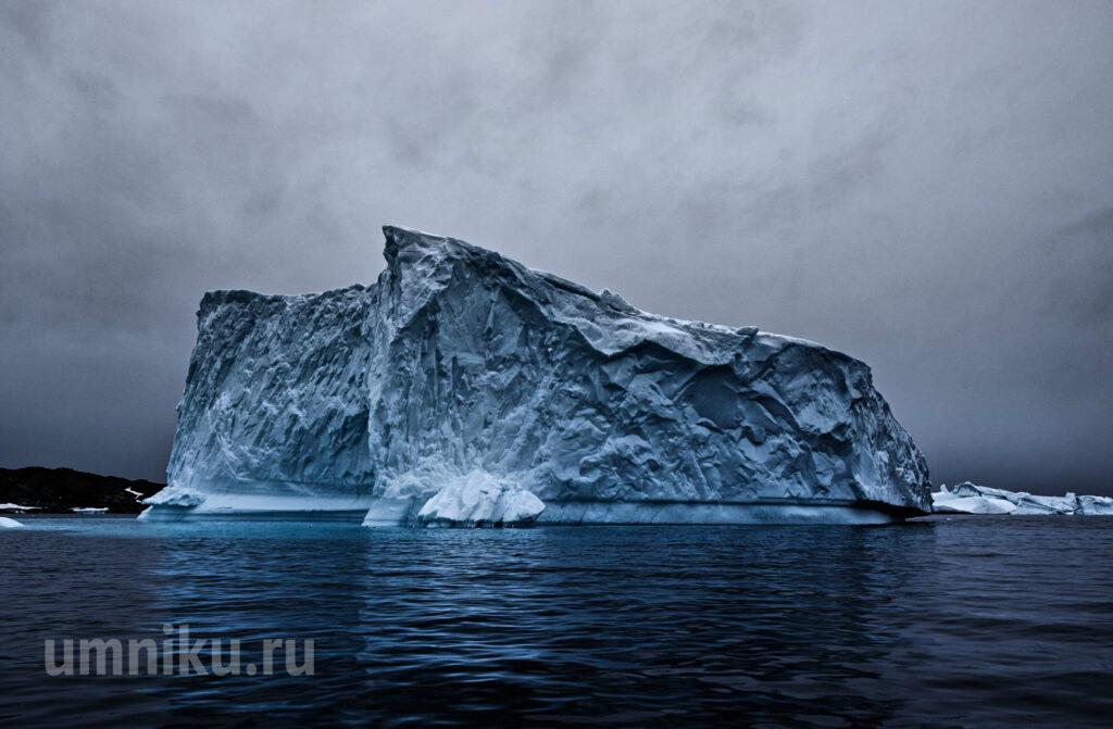 В Антарктиде откололся айсберг